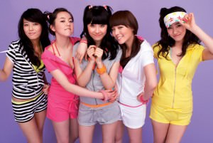 Wonder Girls with SunMi